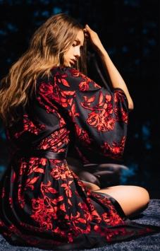Vestaglia kimono corto nero devorè rosso
